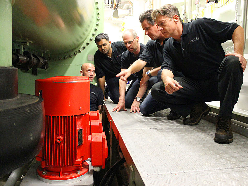High pressure pumps direct water into the DSOX-20