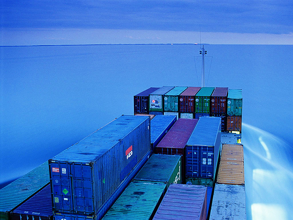 Travel over long distances by fuel-guzzling container ships inflicts serious pains on the environment. The IMO is keen to reduce sulphur emissions in the shipping industry